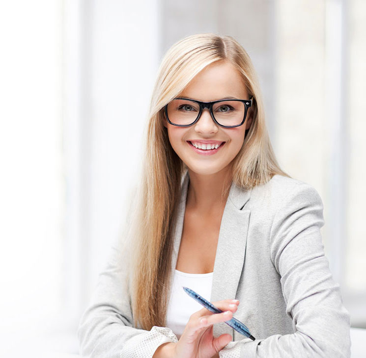 girl_with_glasses-left
